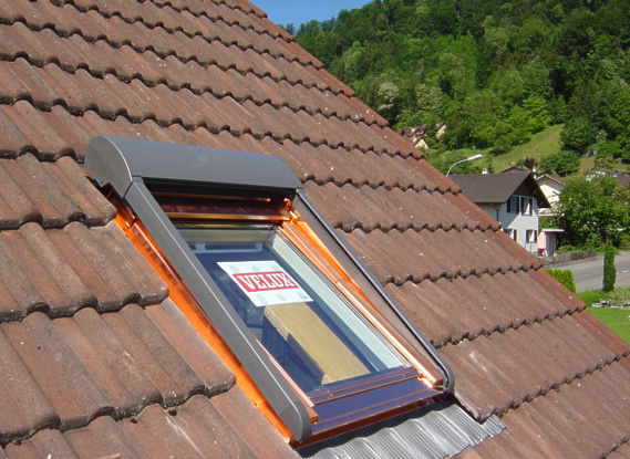 auenrollo velux dachfenster perfect abbildung fr atix solar fr velux dachfenster inkl. Black Bedroom Furniture Sets. Home Design Ideas